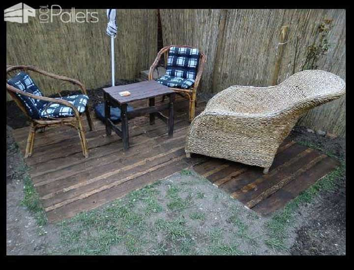Pallets Flooring In The Garden