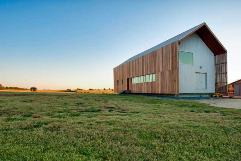 Top 6 most popular barndominium and metal builders in texas for Barn houses in texas