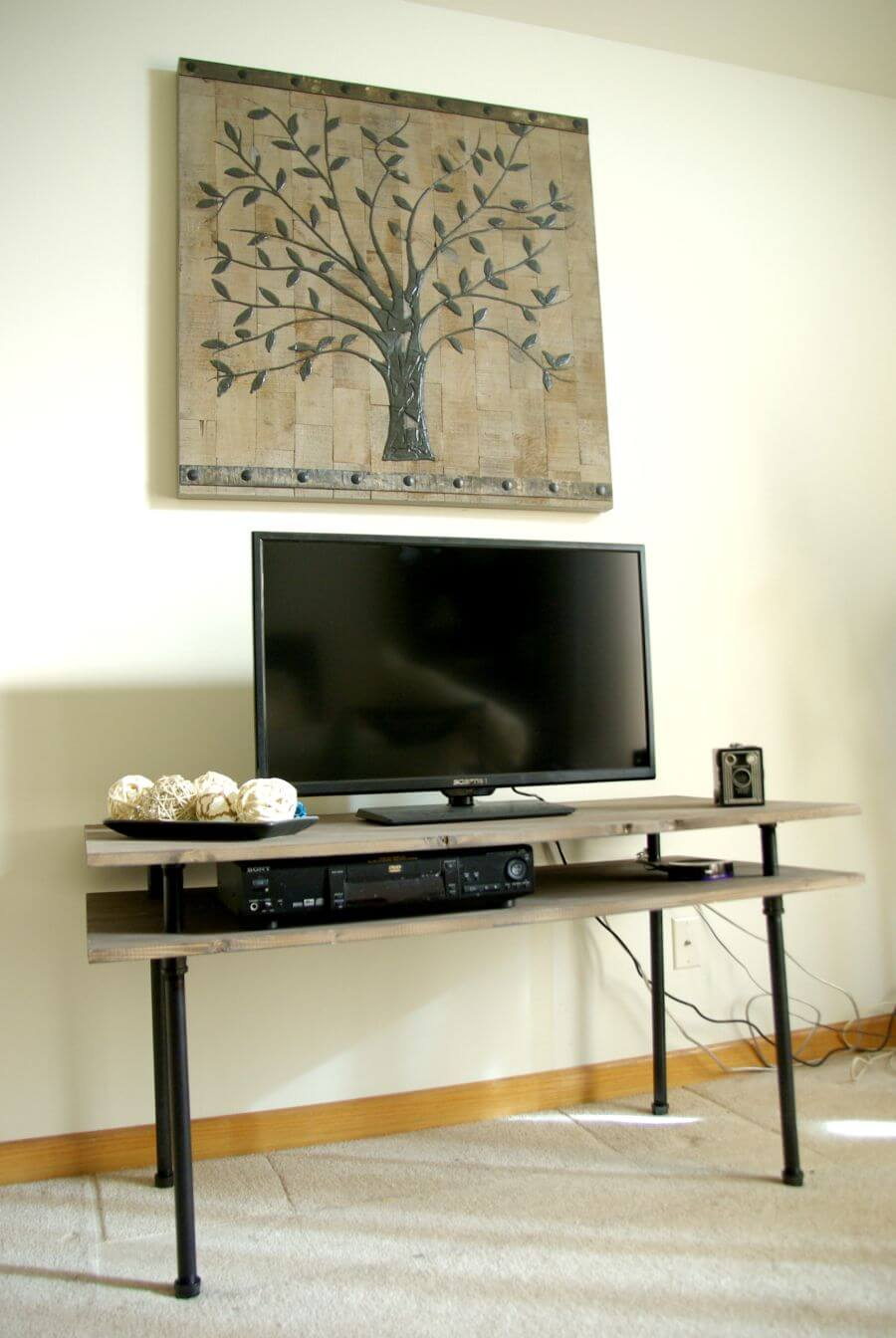 50 creative diy tv stand ideas for your room interior diy design decor. Black Bedroom Furniture Sets. Home Design Ideas