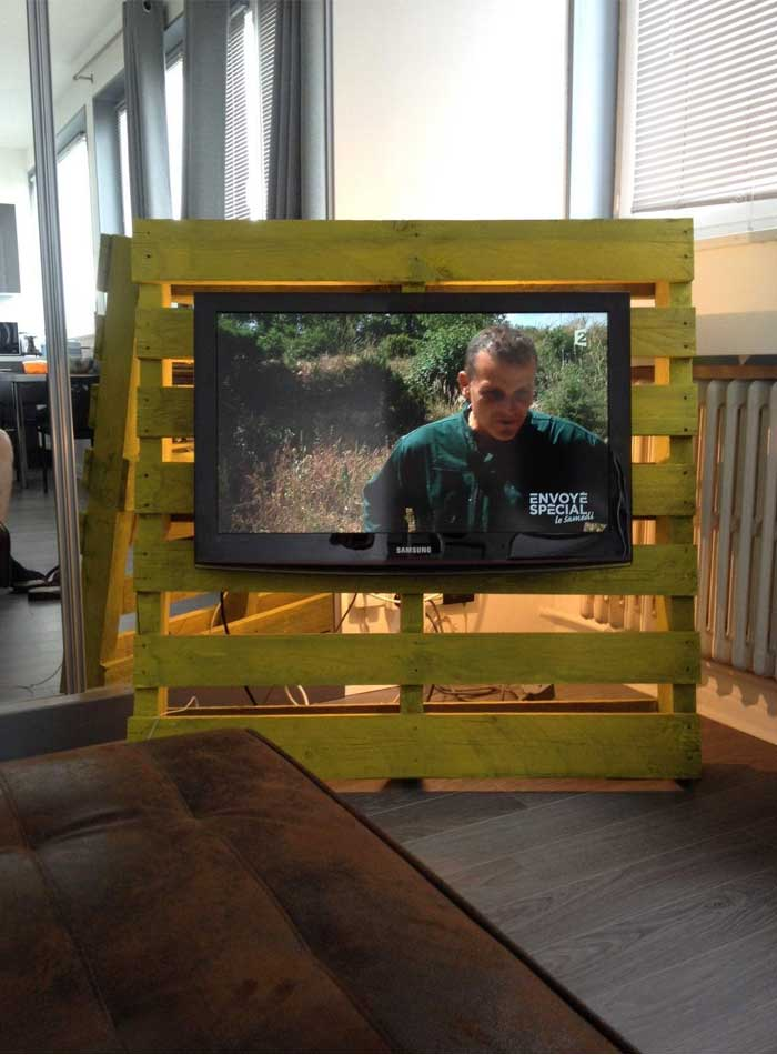 TV Stand From 1 Pallet U0026 1 Hour