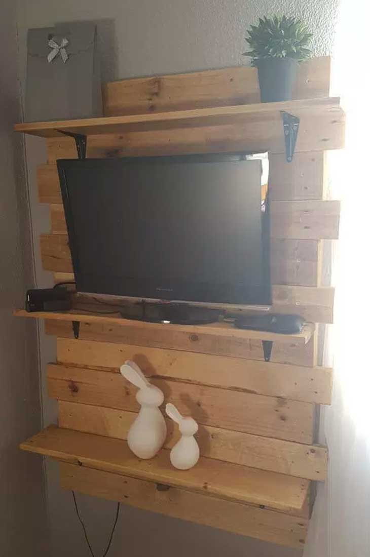 Bedroom Tv Shelf Ideas