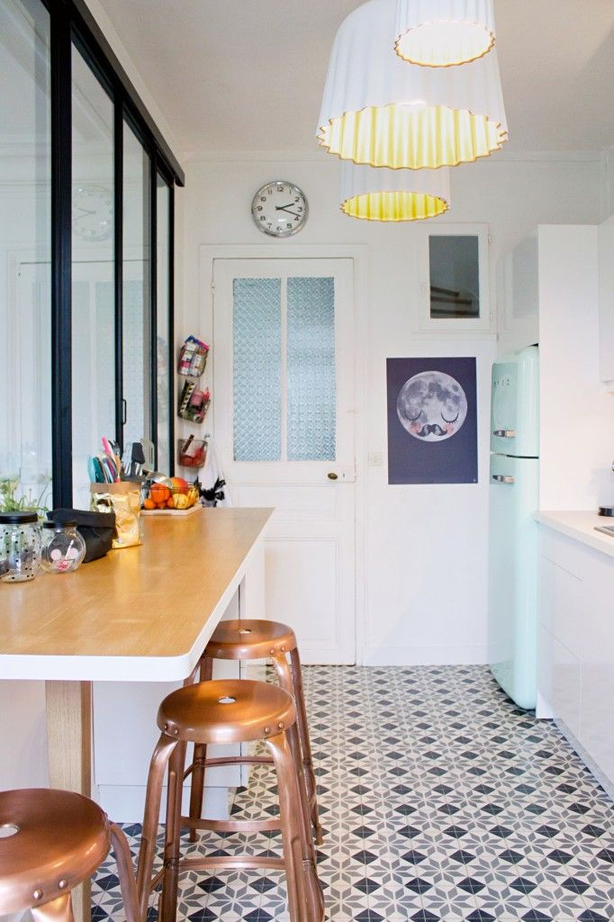 Patterned Cork Floor Kitchen
