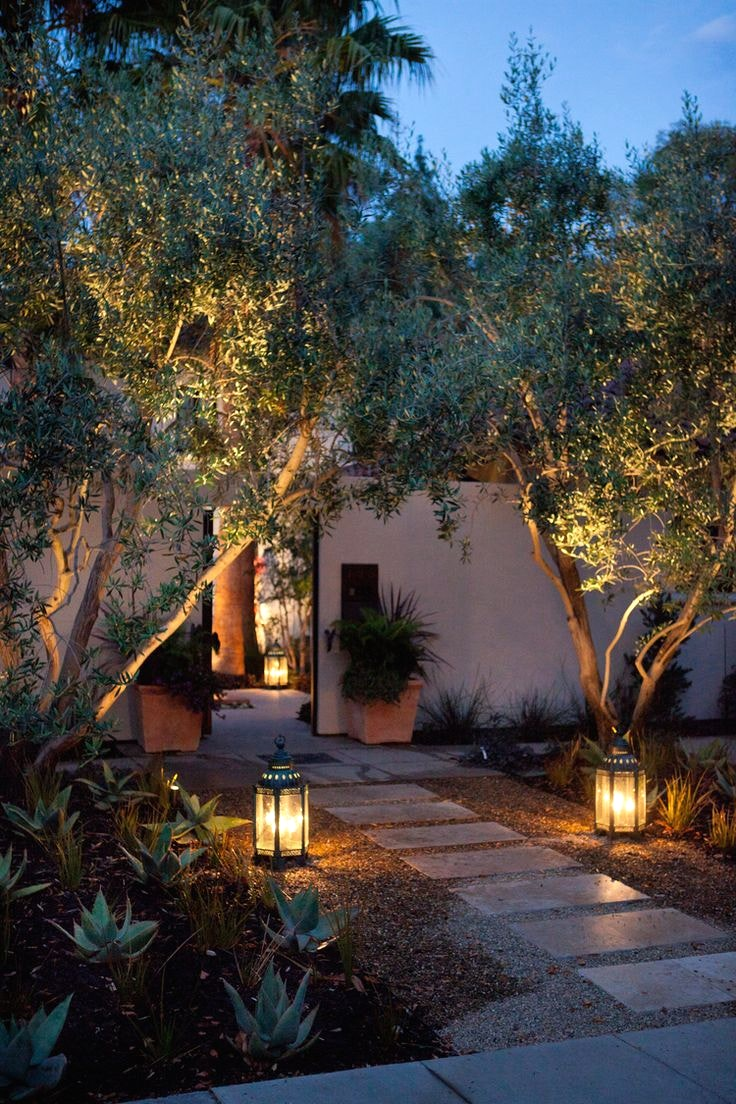 20+ Landscape Lighting Design Ideas - DIY Design & Decor