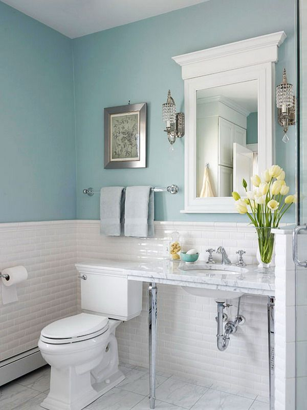 What Colors Are Best In Small Bathroom
