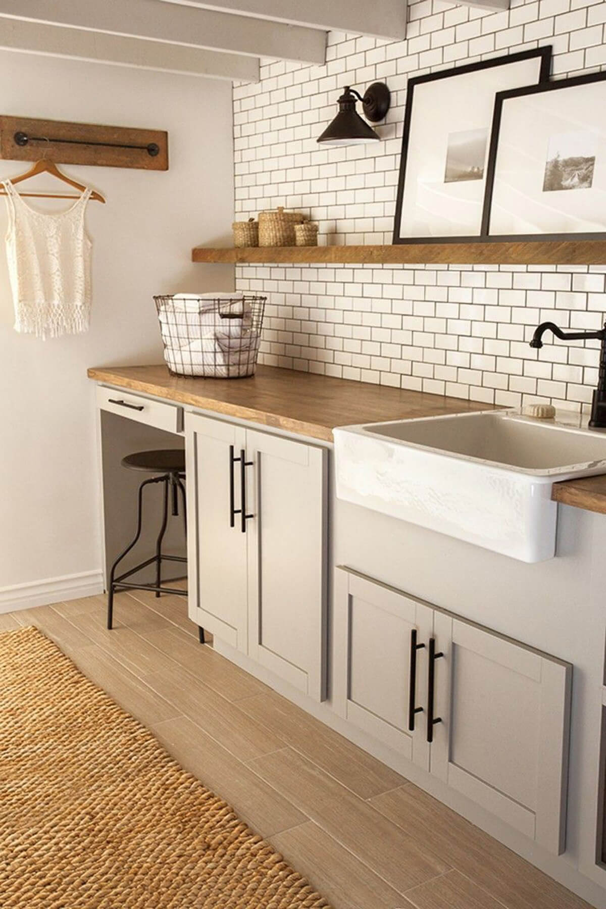 Brilliant Laundry Room Design Idea