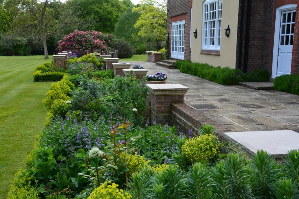 English country garden design
